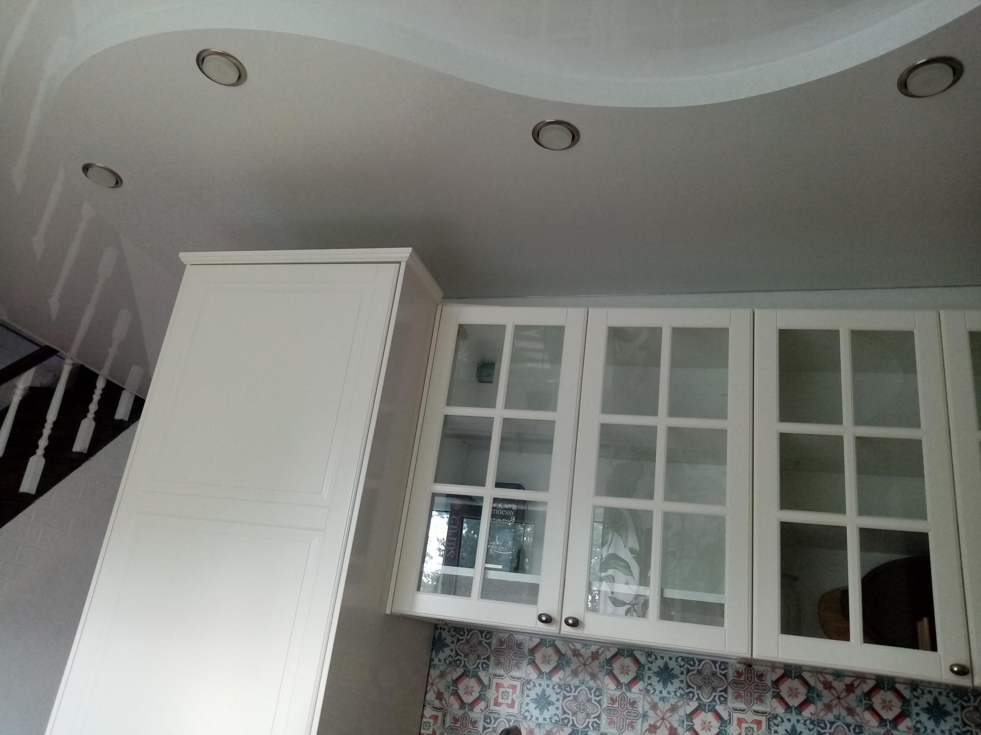 Кухонные шкафы 89017086321 купить 2