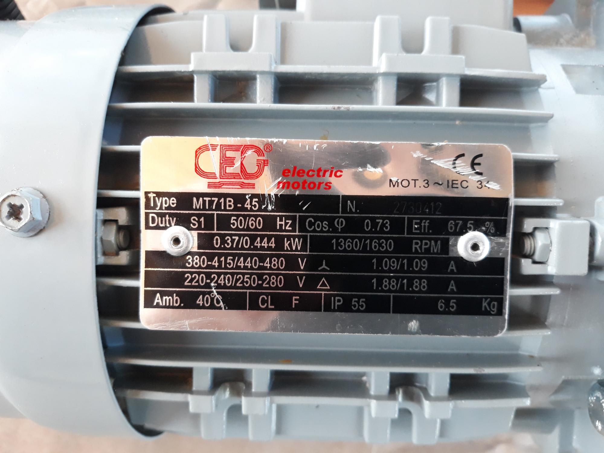 Электродвигатель асинхронный CEG MT-71B Италия 89099330239 купить 4