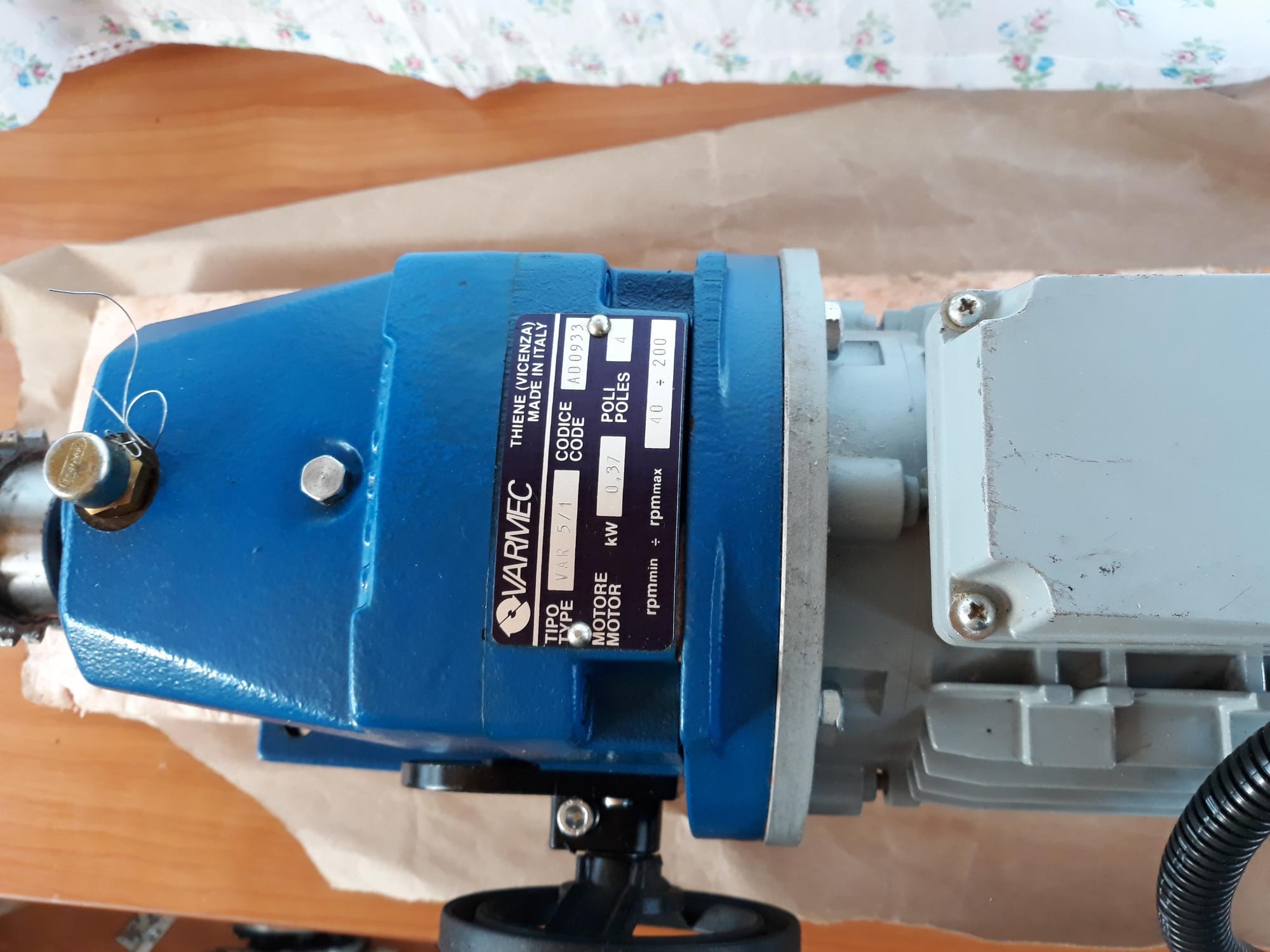 Электродвигатель асинхронный CEG MT-71B Италия 89099330239 купить 6