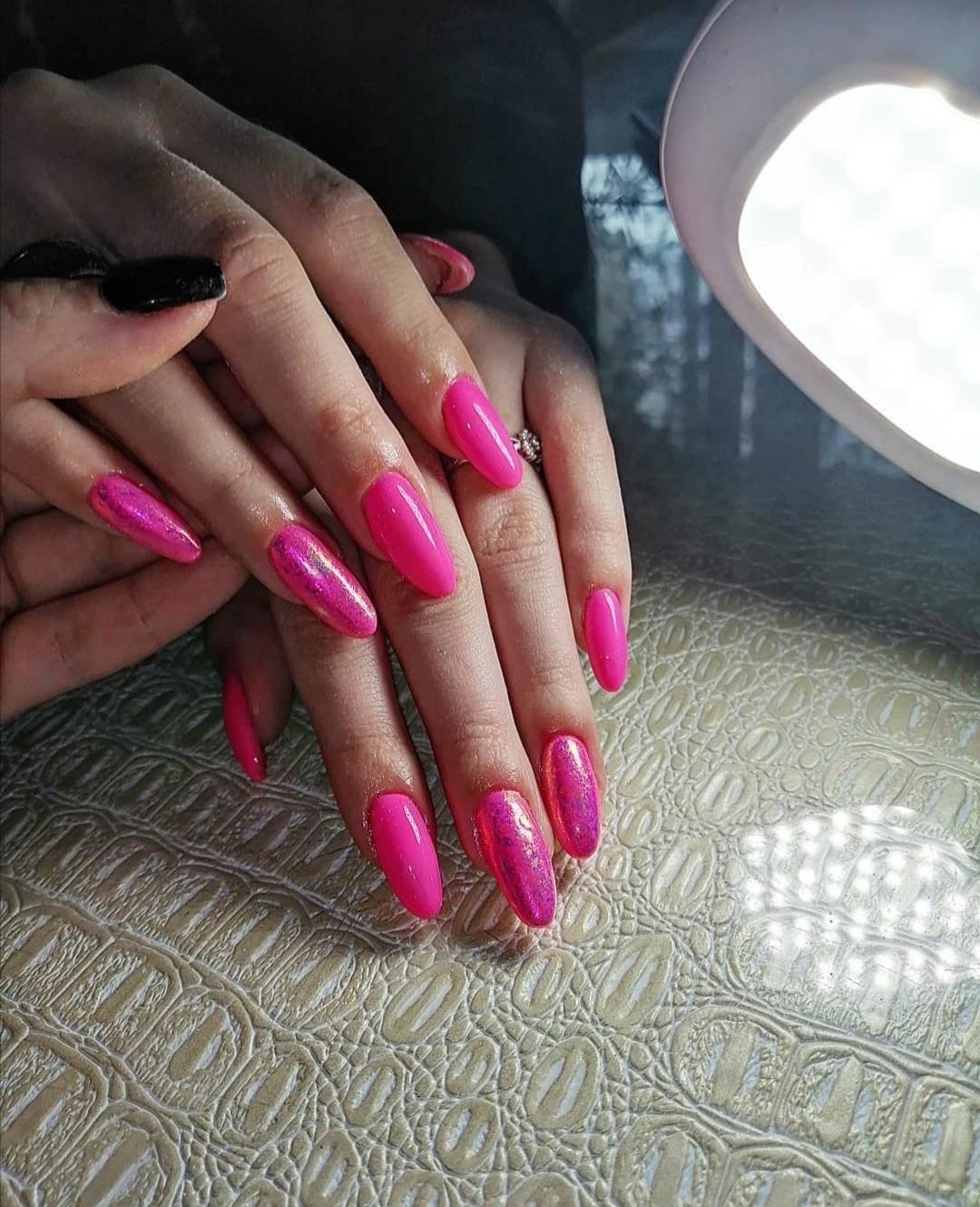 Маникюр, наращивание ногтей купить 2