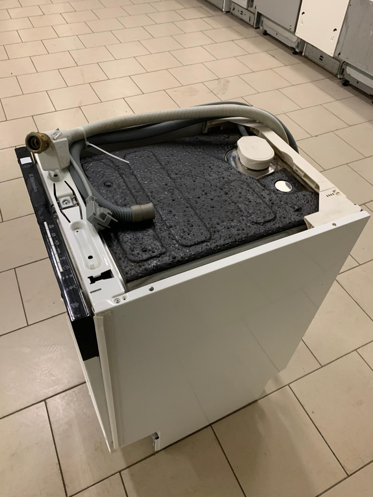 Посудомоечная машина б/у Electrolux ESL 45010 в Москве 89264600406 купить 3