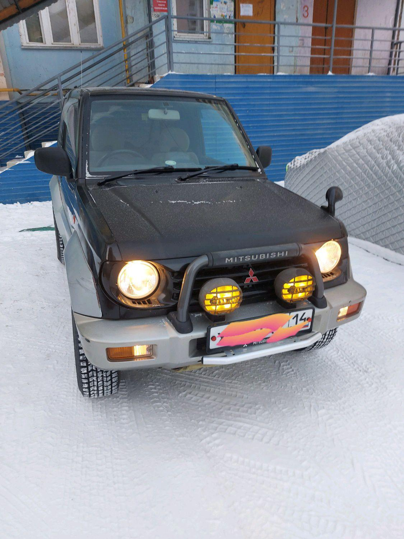 Mitsubishi Pajero Junior 1997
