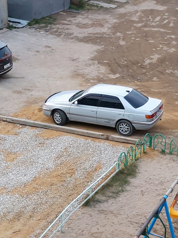 Toyota Corona 1999